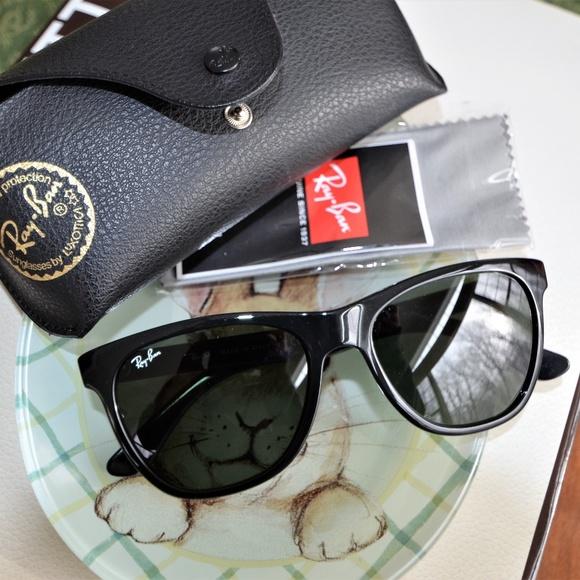 893dc5eb816c7 Ray Ban Gradient Sunglasses RB4184. M 5ac6c2432c705d6feed91531